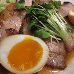 魚菜屋 海祭 - 豚バラチャーシュー、甘いタレがごはんの誘惑します(笑)