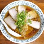 ら~めんじぇんとる麺 - 料理写真:しょうゆラーメン+チャーシュー