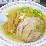 バスラーメン - 塩ラーメン650円
