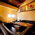 cafe and bar SOL - 6席限定のゆったりソファー席は早い者勝ちです★