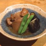手打蕎麦 まるやま - お通し (里芋と揚げ茄子の煮物) (2015/09)
