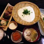 岡本とうふ店  - とうふ定食 1250円