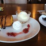 カフェドエコ - パンプキンケーキとジェラートのセット