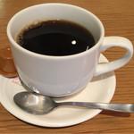 43257156 - ブレンドコーヒー(紀ノ国屋ソーセージ&スクランブルエッグプレート(ドリンク付))