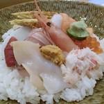 松栄寿司 - 満彩丼 拡大