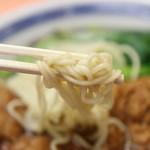 餃子会館ふく龍 - 排骨メン;麺リフト