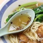 餃子会館ふく龍 - 排骨メン;スープアップ