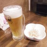 銀串 一期一会 - 生ビールとつきだし