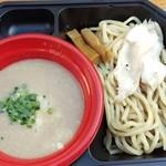 麺堂 稲葉 - つけ麺ウルトラソウル激鶏白湯ハーフサイズです。