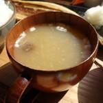 ヨリドコロ - なめこの味噌汁