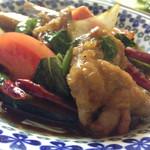 台湾料理 ごとう - 激辛鶏バジル炒め