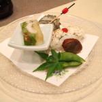 Kagaya - 前菜(焼き鱧の御鮨、姫栄螺の旨煮、さざえのつぼ焼き、穴子の八幡巻き、鱧の煮凝り)[鱧尽くし会席]
