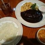 ニユートーキヨー ビヤレストラン - ハンバーグランチ