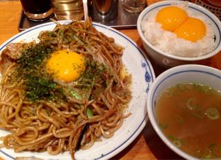 渋谷三丁目らあめん - ソース焼きそば&玉子かけごはん