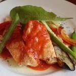 43285643 - 鶏もも肉のヴィネガー煮込み(1,080円)トマト風味が際立ちます