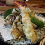 しいの木 - 天ぷら・アップ。