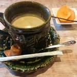 しいの木 - コーヒーと柿。