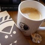 43289014 - 購入した本&泡立ちコーヒー