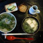 季節の風 蔵 - さざなみどんぶり(950円)