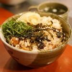 正泰苑 - 2015.10 肉めし(475円)