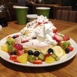 ホノルルコーヒー - フルーツレインボーパンケーキ
