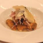 リストランテ エッフェ - 一皿目の軽い前菜  仔牛の胸腺肉(リードヴォー)とモンサンミッシェルのムール貝のフリット(2015/09)