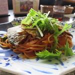 43329458 - 佐島産本日の地魚(メアジ)のトマトスパゲティ