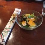 ピノサリーチェ - サラダとお菓子