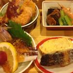 美観地区 多幸半  - 揚げ物、煮付け、焼き物、刺身の代わりに蛸とシャコ