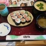 和食レストランとんでん - 料理写真:ねぎとろ・ジャンボ茶碗蒸し 1180円(税別)