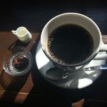 ムーン ファクトリー コーヒー - 深煎りブレンド・マグ・800円