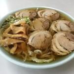 まるしま - 料理写真:チャーシュー麺 750円