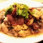 43337646 - 腸詰と蒸し鶏肉の煮込み
