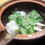 懐石料理 はし本 - 鱧と松茸の土瓶蒸し