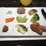 ウェスティンホテル東京 - 朝食:お漬物や温菜類を盛ったところ