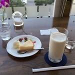 cafe 琥珀 -