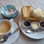 鴻巣cafe - 料理写真:モーニング(¥500)