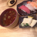 回転寿司 魚河岸 - 平日限定レディースランチ・赤出汁と湯葉つきます