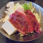 大和屋本店 - 松茸と和牛のすき焼き