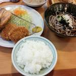 43349127 - 秋鮭ヒレカツ定食 味噌汁を蕎麦に変更(+150円)