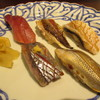 白虹 - 料理写真:カマス、鯵、秋刀魚、こはだ、鮪の5つの握り