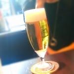 肉×ワイン TIME - アサヒスーパードライ (580円)