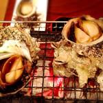 座いっく - 炭火焼 (サザエの壺焼き)