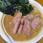 らーめん 喜輪 - チャーシュー麺大盛り ¥870 (大盛りは無料で、麺2玉になります)