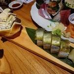 43378109 - 鯖棒寿司と鯖サンド¥880