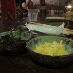 登六庵 - 登六庵 カレーの付合せ チーズと漬物