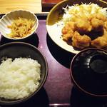 43382508 - 【ランチ】 明太子食べ放題!  鶏の唐揚げ定食 \926