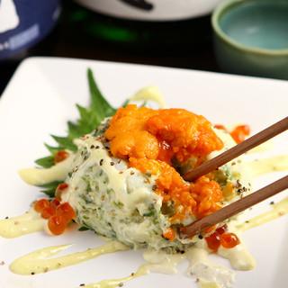 うにポテトサラダなど、お寿司や刺身以外にも鮮魚を味わえる