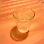 ダイニングキッチン プーハウス - 水