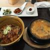 そうる屋 - 料理写真:豚丼とスンドゥプのランチセット